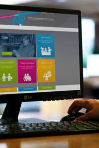 Vue la page d'accueil du site l'ATP – Association Tutélaire du Ponant